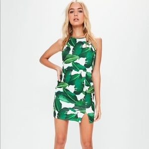 MISGUIDED TROPICAL LEAF PRINT DRESS SIZE 16